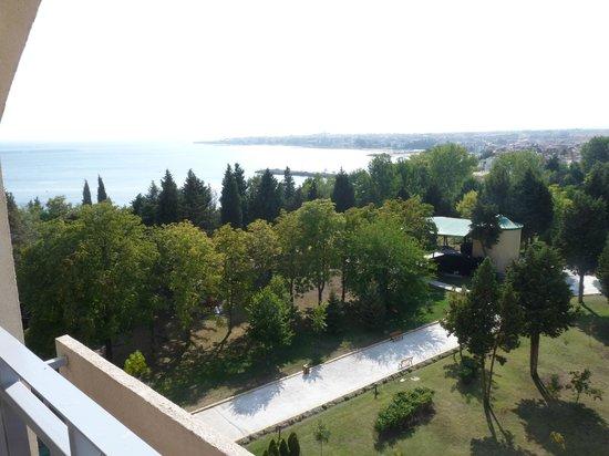 Sol Nessebar Bay: Vue depuis le balcon de notre chambre