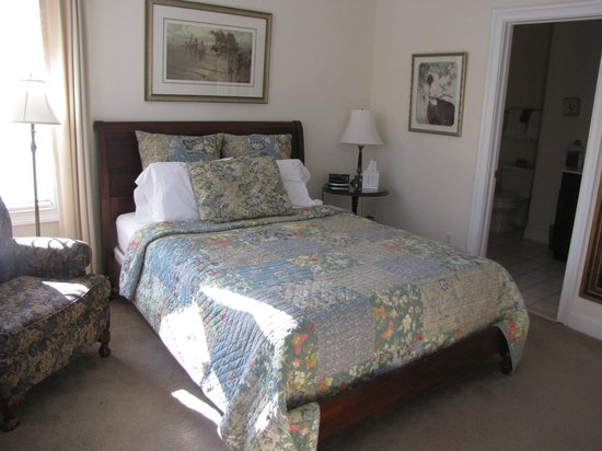 Primrose Hill Bed & Breakfast : Travelers Rest Bedroom