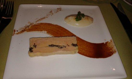 Restaurant Grain de Sel: Pressée de foie gras aux morilles,pulpe de topinambour, caramel de champignons