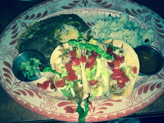 Abuelo's : Carnitas Tacos and yummy lime and cilantro rice w/refried beans