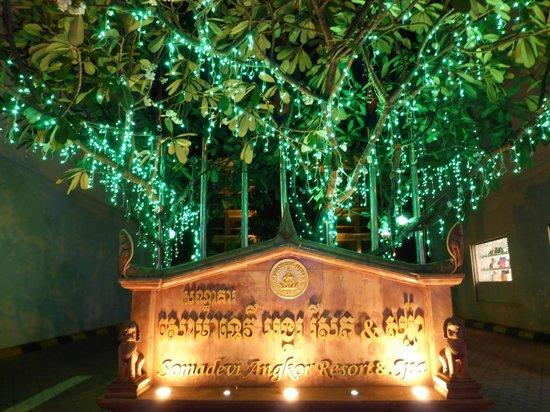 Hotel Somadevi Angkor Resort & Spa: Hotel entrance
