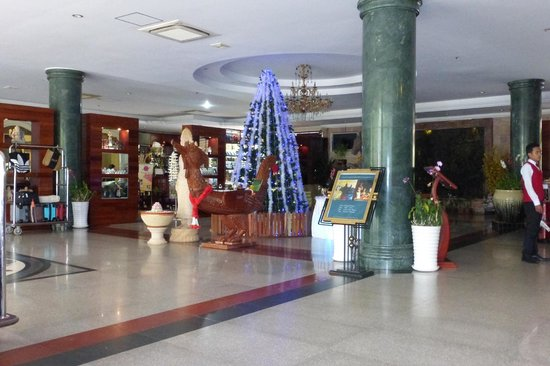 Hotel Somadevi Angkor Resort & Spa: Lobby area