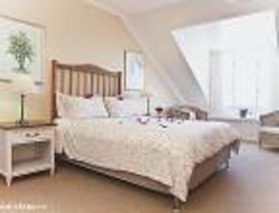 Greenfire Knysna Lodge: King Size Bedroom