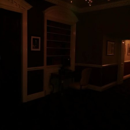 Hendon Hall : Room