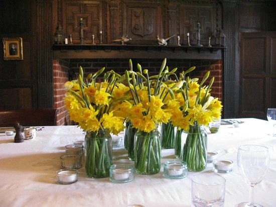 College Farm Bed & Breakfast: Dining Room in the Spring