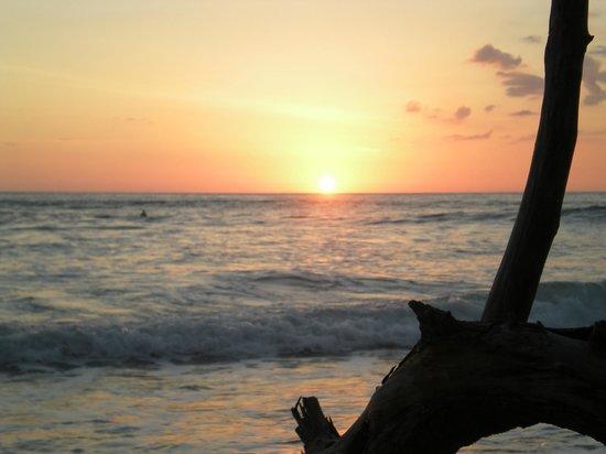 Playa Santa Teresa: sunset