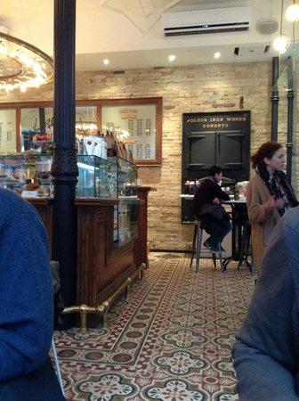 Dineen Coffee Company : Old world charm