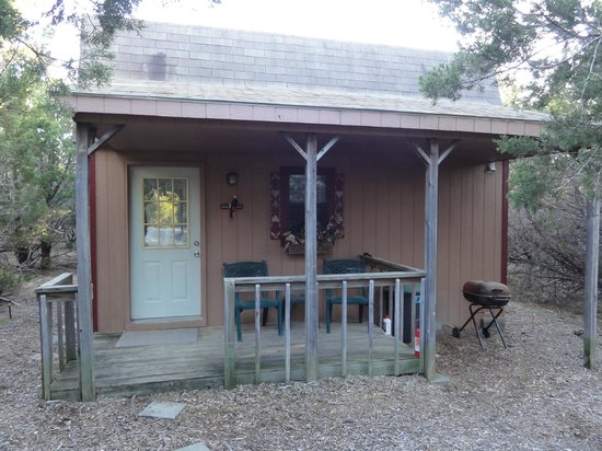 Popejoy Haus Cabins: Ludwigs Front Porch