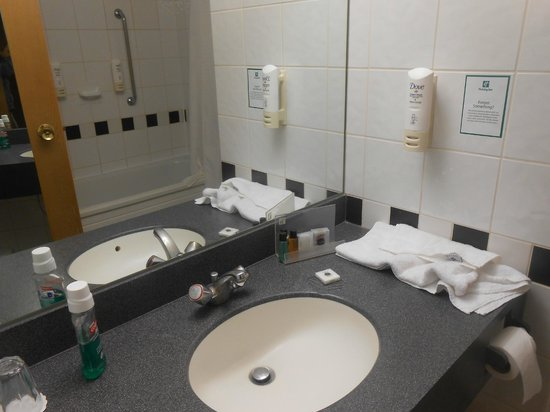 Crowne Plaza London - Kings Cross: spacious and clean