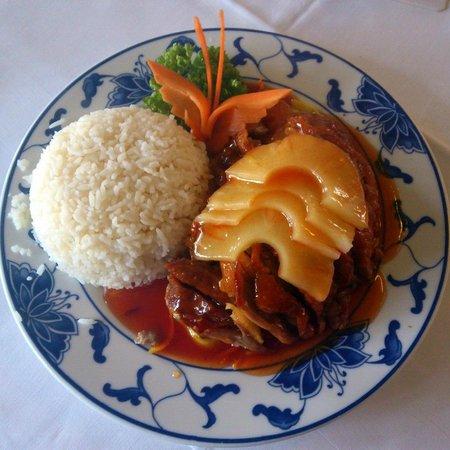Tao Tao: Roast Duck & Pineapple