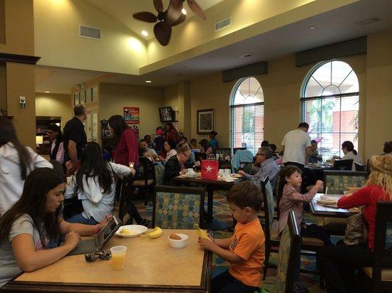 Homewood Suites by Hilton Lake Buena Vista-Orlando : Area de desayuno