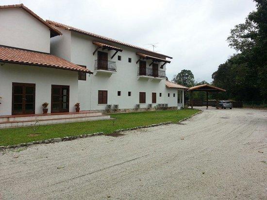 Casa Titik: Front view.