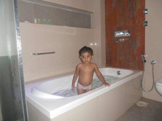 Estrela Do Mar Beach Resort: Bath tub