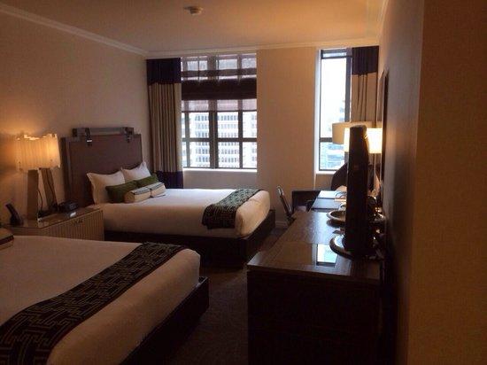 Kimpton Hotel Palomar Philadelphia : Cityview Queen Deluxe - 2205