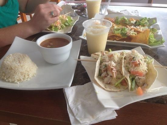 Tres Palmas Marine Reserve: Fish tacos, pina coladas, nachos, and black bean soup from the bar and grill at the marina.