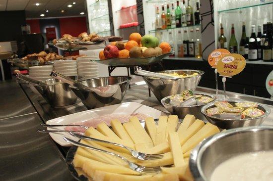 Ibis Bordeaux Pessac: petit dejeuner
