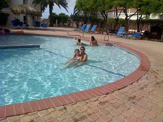 Tropicana Aruba Resort & Casino: piscina del Tropicana Aruba. la pase genial, cualquier información mi twitter @AndrewRuizR