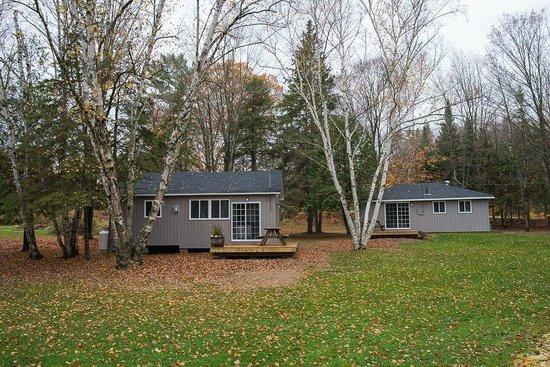 Safe Haven Cottage Resort : Newly renovated cottages