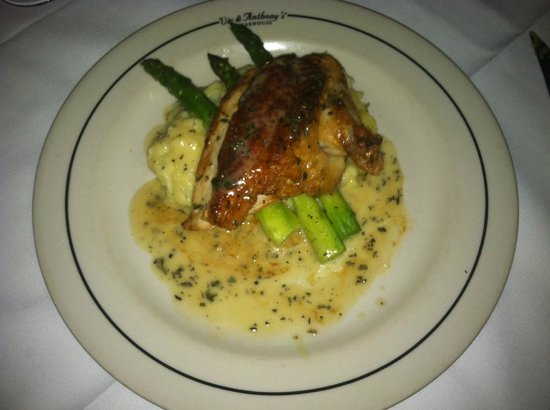 Vic & Anthony's Steakhouse - Las Vegas: Pan Roasted Chicken