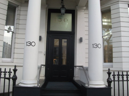 130 Queen's Gate: 130QG Main Entrance