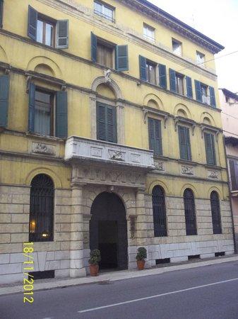 Hotel Scalzi: здание отеля