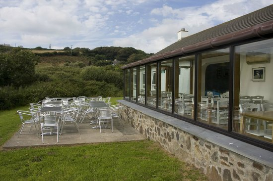 YHA Broad Haven: Grounds