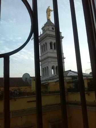 Hotel Indipendenza : basilica