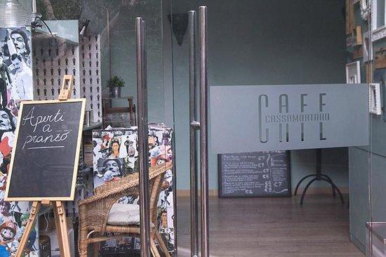 Cassamortaro Cafe: l'entrata principale