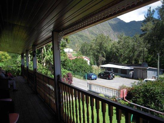 La Tourte Dorée : Terrasse étage
