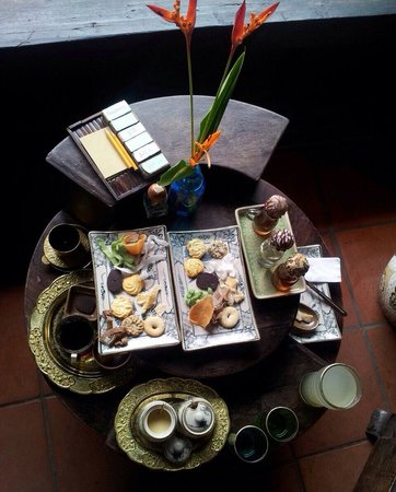 Reaching Out Tea House : Our spread!