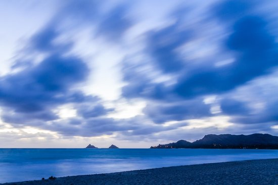 Kailua Beach Park : Kailua beach 'Blue Hour' before sunrise