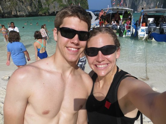 Phuket Sail Tours : One sightseeing stop - very small beach - lots of boats & people