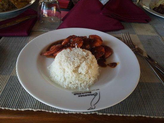 Cormaran Beach Club: Grilled Pron with steamed rice Camaron Beach Club