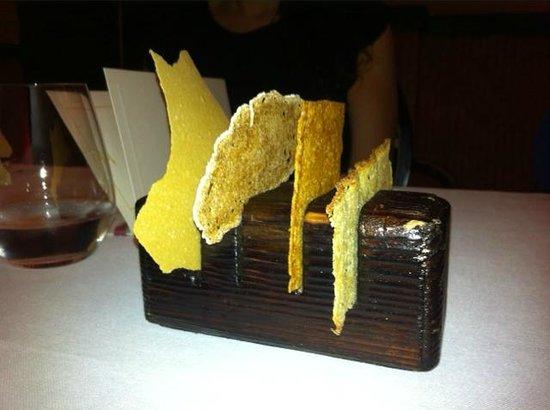 M.B Restaurant : Panes variados