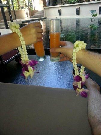 Novotel Phuket Kata Avista Resort and Spa: welcoming arrival to avista
