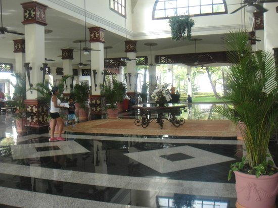 Hotel Riu Bambu : Recepcion