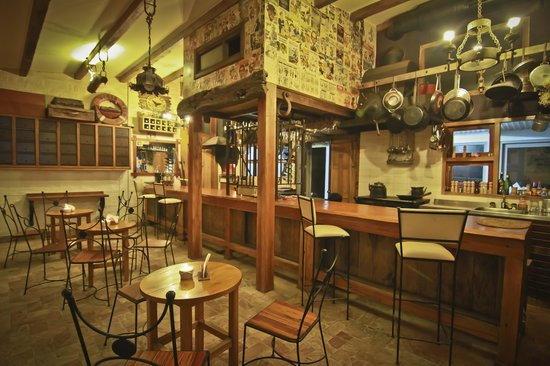 Hostel Punta Ballena Bar: Espacio común interior