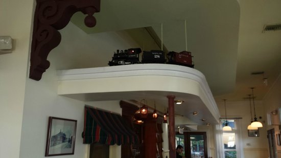 Station 400: Cute little toy trian that runs through the top of the restaurant