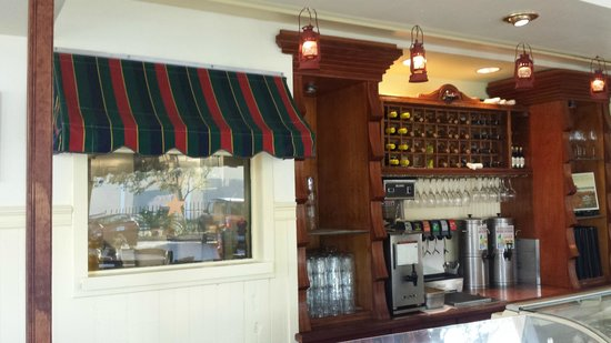 Station 400: Coffee bar