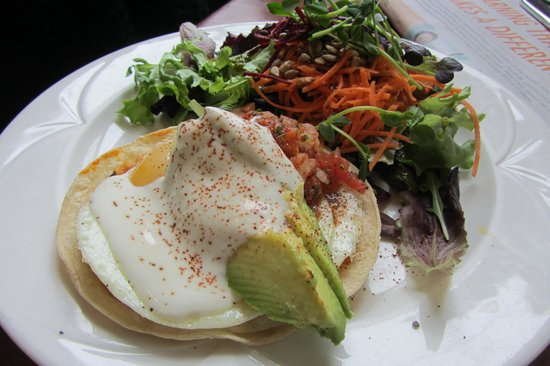 the beet : Huevos Rancheros
