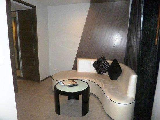 Best Western Premier Sukhumvit : living room