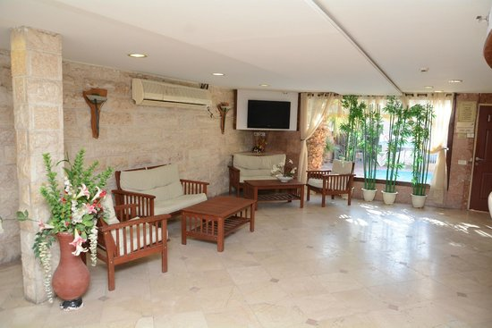 Red Sea Hotel: A lobby