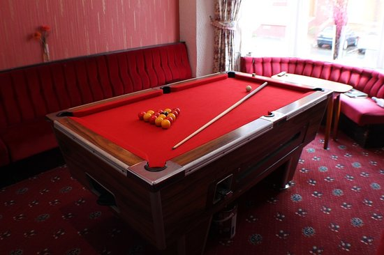 The Florida Hotel: pool room