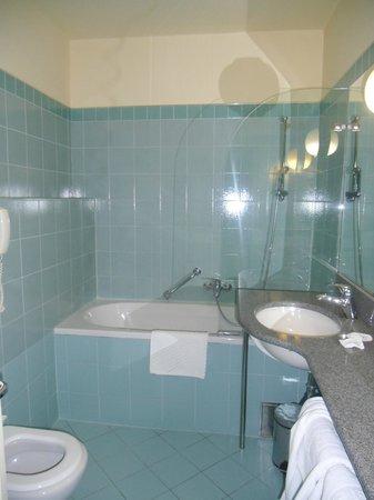 Plitvice Hotel: Bathroom
