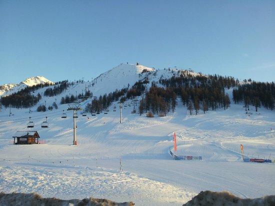 Grand Hotel Duchi d'Aosta: pista da sci