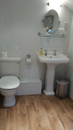 Paradise House B&B: Bathroom