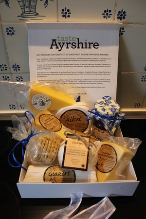 Cosses Country House : Ayrshire Cheese and Home-made Chutney