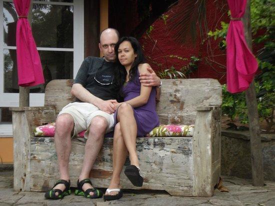 Pousada Le Palmier: Rústico y cálido asiento de Madera