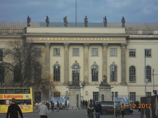 Bebelplatz: extension of university