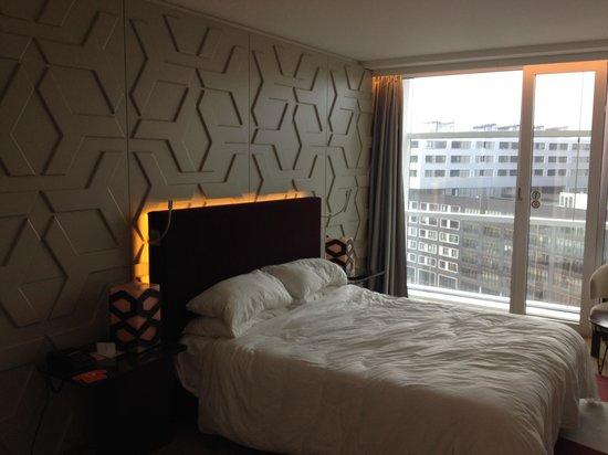 Room Mate Aitana: A very comfy bed